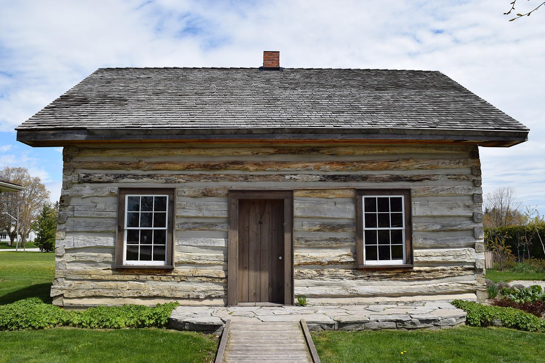 Creemore Log Cabin